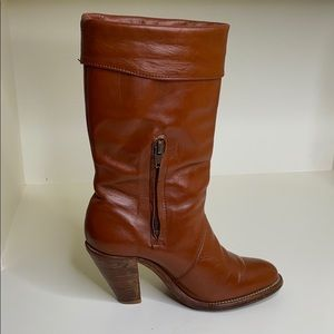 Frye Shoes - Vintage Frye Heeled Leather Congac Boots